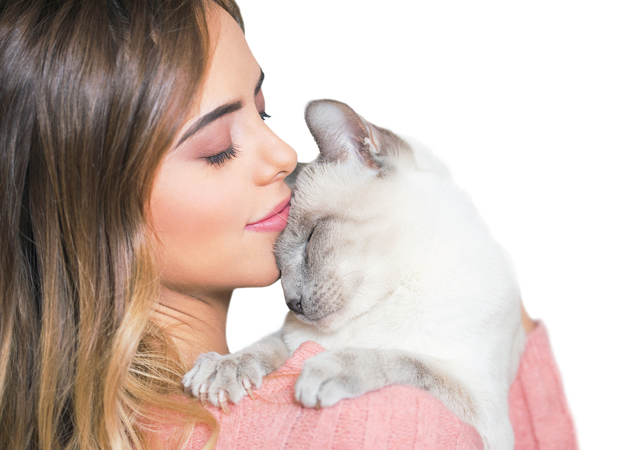 Young Latina woman with cat